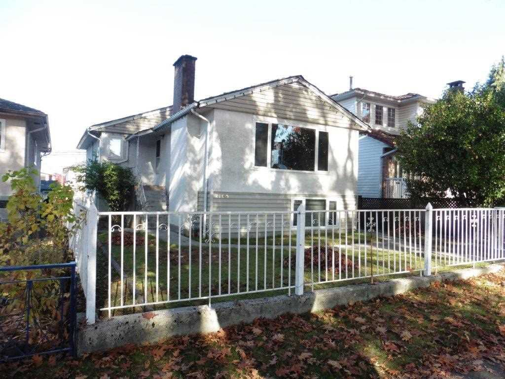 Main Photo: 2105 E 43RD Avenue in Vancouver: Killarney VE House for sale (Vancouver East)  : MLS®# R2319350