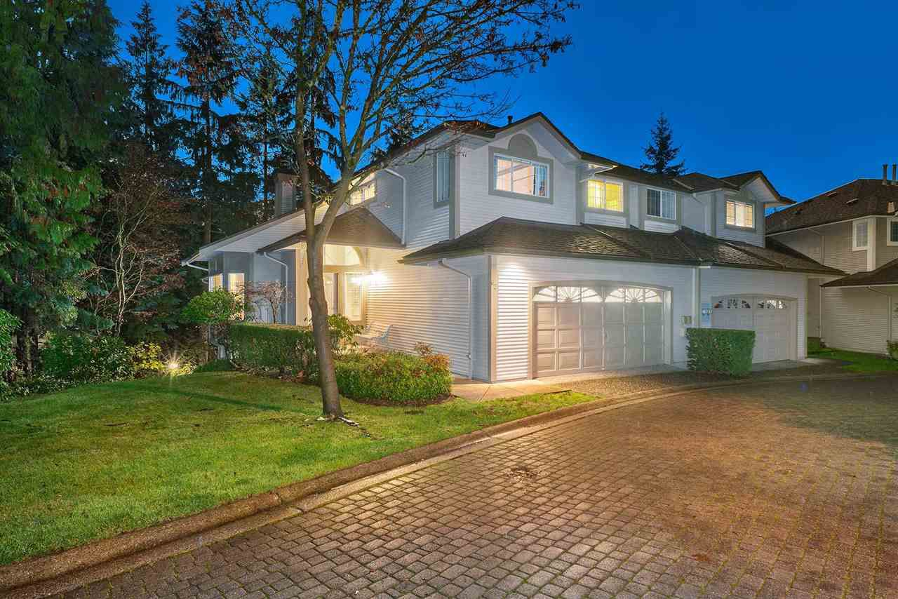 "Main Photo: 62 101 PARKSIDE Drive in Port Moody: Heritage Mountain Townhouse for sale in ""TREETOPS"" : MLS®# R2325380"