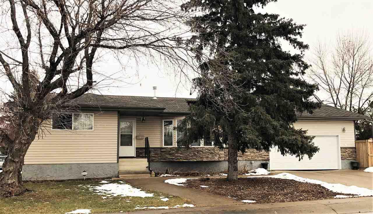 Main Photo: 9015 187 Street in Edmonton: Zone 20 House for sale : MLS®# E4137325