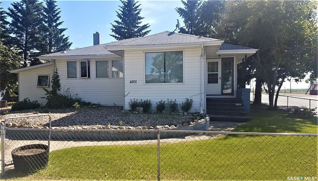 Main Photo: 4801 Leader Street in Macklin: Residential for sale : MLS®# SK778903
