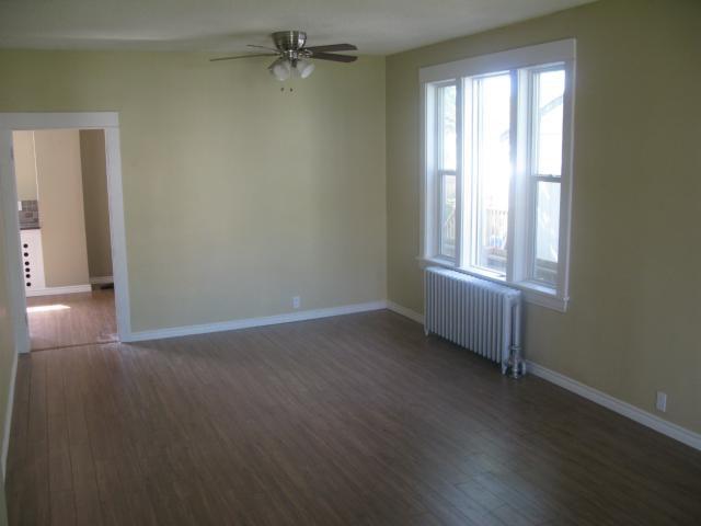 Photo 8: Photos: 886 Sherburn Street in WINNIPEG: West End / Wolseley Single Family Detached for sale (West Winnipeg)  : MLS®# 1315241