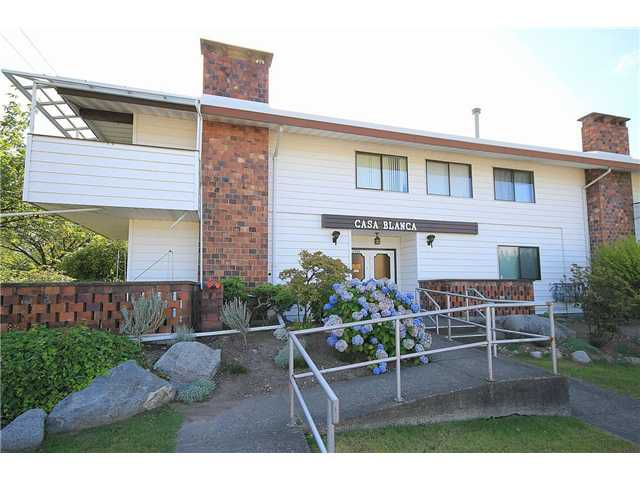 """Main Photo: 207 6904 FRASER Street in Vancouver: South Vancouver Condo for sale in """"CASA BLANCA"""" (Vancouver East)  : MLS®# V1037188"""