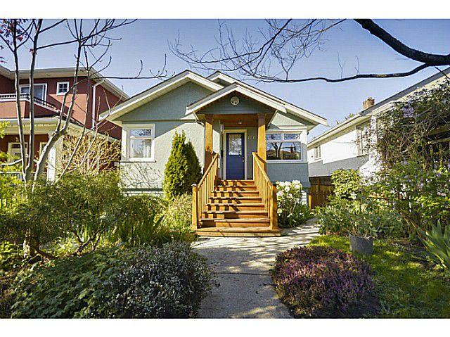 "Main Photo: 771 E 31ST Avenue in Vancouver: Fraser VE House for sale in ""FRASER"" (Vancouver East)  : MLS®# V1120392"