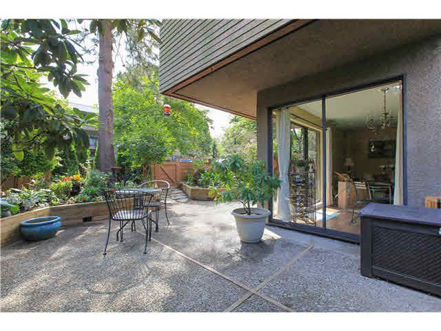 """Main Photo: 102 349 E 6TH Avenue in Vancouver: Mount Pleasant VE Condo for sale in """"Landmark House"""" (Vancouver East)  : MLS®# V1135554"""