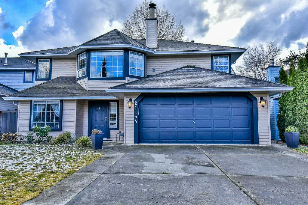 Main Photo: 21144 91A Avenue in Langley: Walnut Grove House for sale : MLS®# R2141201