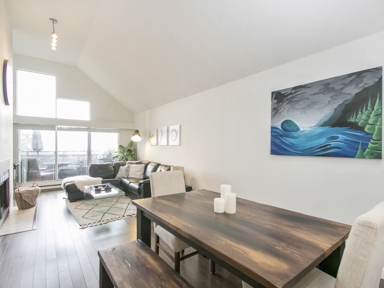 "Main Photo: C 225 E 4TH Street in North Vancouver: Lower Lonsdale Townhouse for sale in ""LOWER LONSDALE"" : MLS®# R2167288"