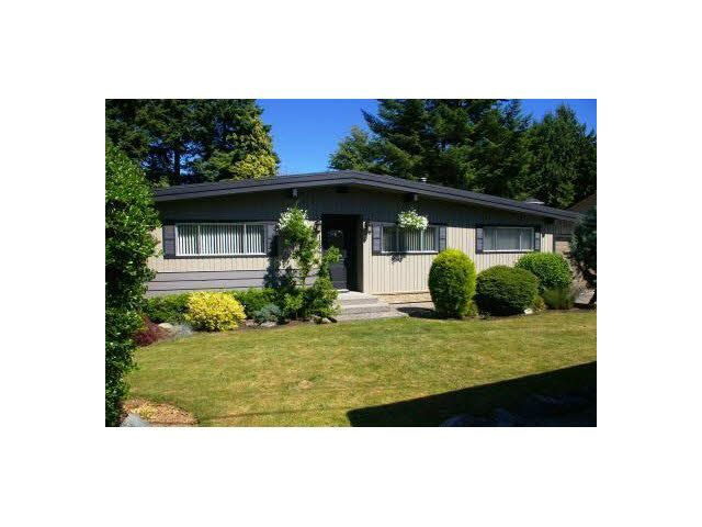 Main Photo: 1664 HIGHVIEW Street in Abbotsford: Poplar House for sale : MLS®# R2187468