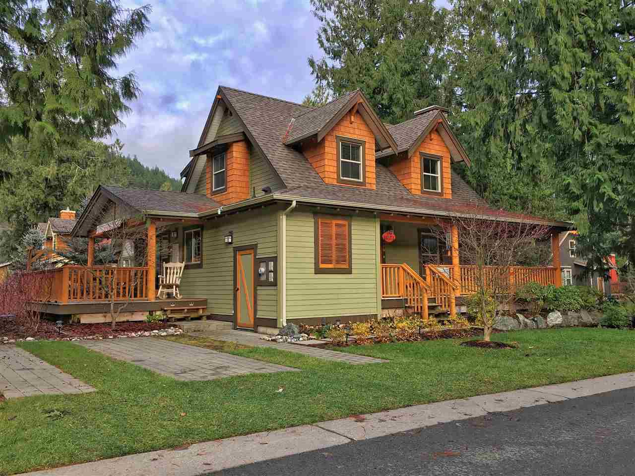"""Main Photo: 1803 RAVENWOOD Trail: Lindell Beach House for sale in """"THE COTTAGES AT CULTUS LAKE"""" (Cultus Lake)  : MLS®# R2226128"""