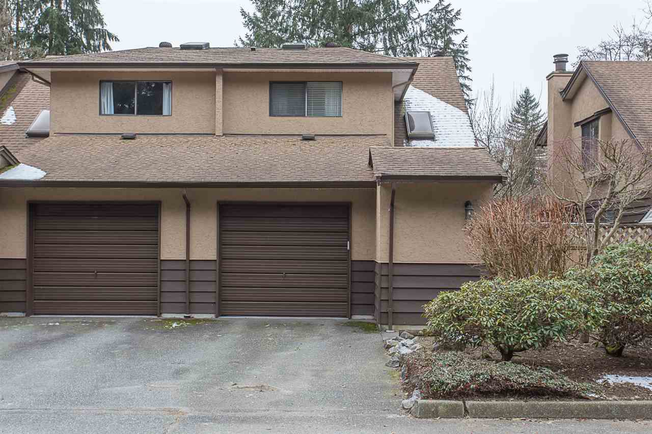 "Main Photo: 13 12227 SKILLEN Street in Maple Ridge: Northwest Maple Ridge Townhouse for sale in ""McKinney Creek"" : MLS®# R2243516"