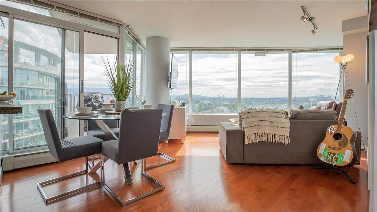 """Main Photo: 2808 688 ABBOTT Street in Vancouver: Downtown VW Condo for sale in """"Firenze II"""" (Vancouver West)  : MLS®# R2287504"""