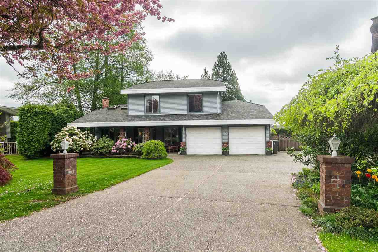 Main Photo: 10032 157 Street in Surrey: Guildford House for sale (North Surrey)  : MLS®# R2363981