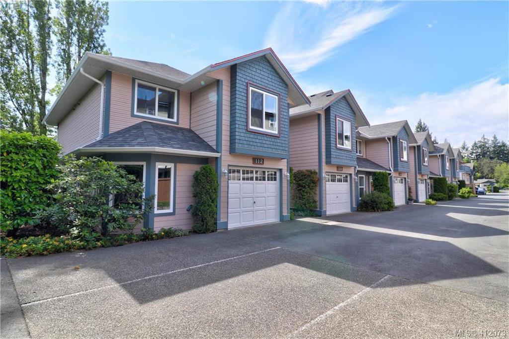 Main Photo: 112 632 Goldstream Avenue in VICTORIA: La Fairway Row/Townhouse for sale (Langford)  : MLS®# 412973
