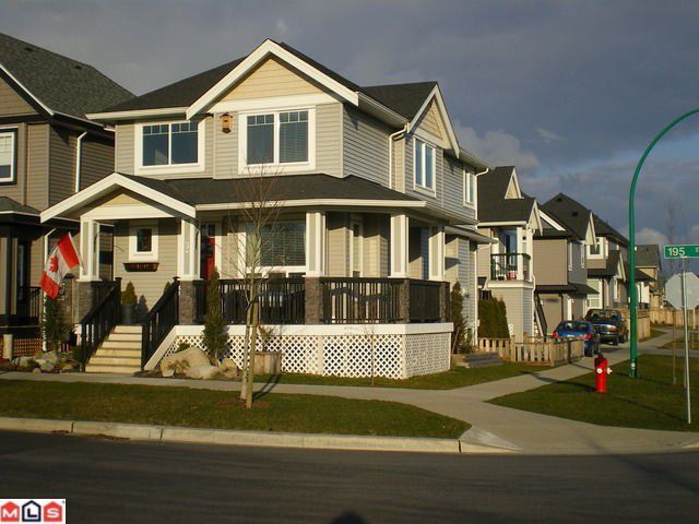 "Main Photo: 7052 195TH Street in Surrey: Clayton House for sale in ""Clayton Hill"" (Cloverdale)  : MLS®# F1106252"