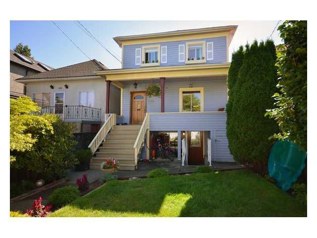 "Main Photo: 120 E 26TH Avenue in Vancouver: Main House for sale in ""Main Street"" (Vancouver East)  : MLS®# V908211"