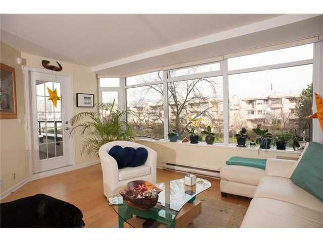 """Main Photo: 306 456 MOBERLY Road in Vancouver: False Creek Condo for sale in """"PACIFIC COVE"""" (Vancouver West)  : MLS®# V1045741"""