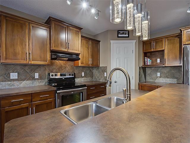 Photo 5: Photos: 16 EVERGLEN Grove SW in Calgary: Evergreen House for sale : MLS®# C4096721