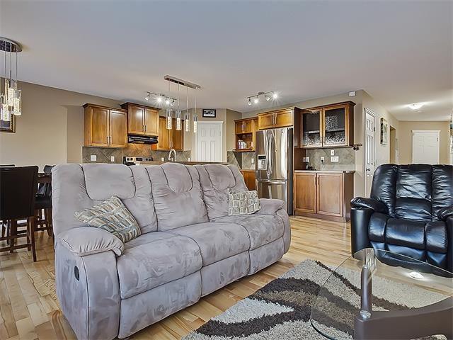 Photo 10: Photos: 16 EVERGLEN Grove SW in Calgary: Evergreen House for sale : MLS®# C4096721