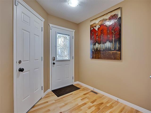Photo 12: Photos: 16 EVERGLEN Grove SW in Calgary: Evergreen House for sale : MLS®# C4096721