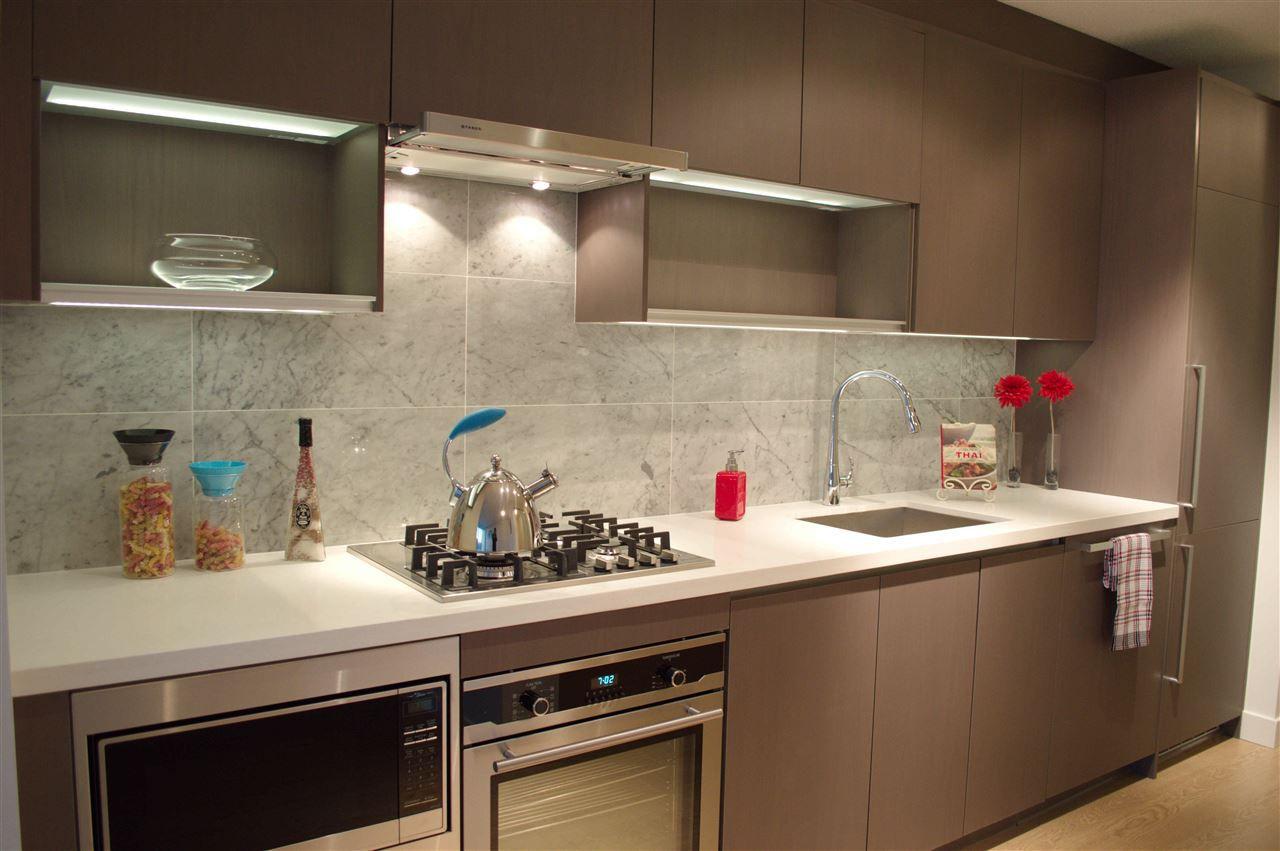 "Main Photo: 2503 13750 100 Avenue in Surrey: Whalley Condo for sale in ""Park Avenue East"" (North Surrey)  : MLS®# R2145539"