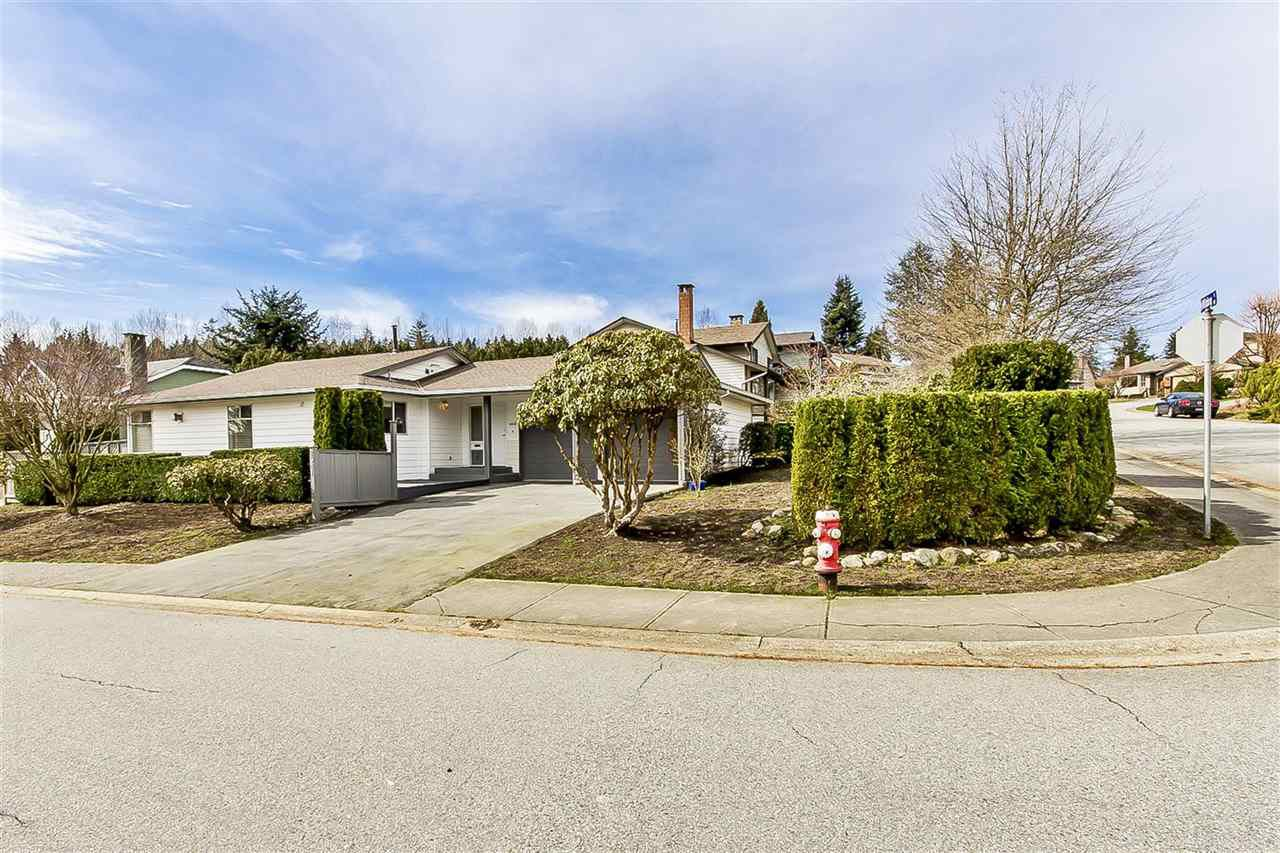 "Main Photo: 2541 WILDING Way in North Vancouver: Tempe House for sale in ""TEMPE HEIGHTS"" : MLS®# R2148081"