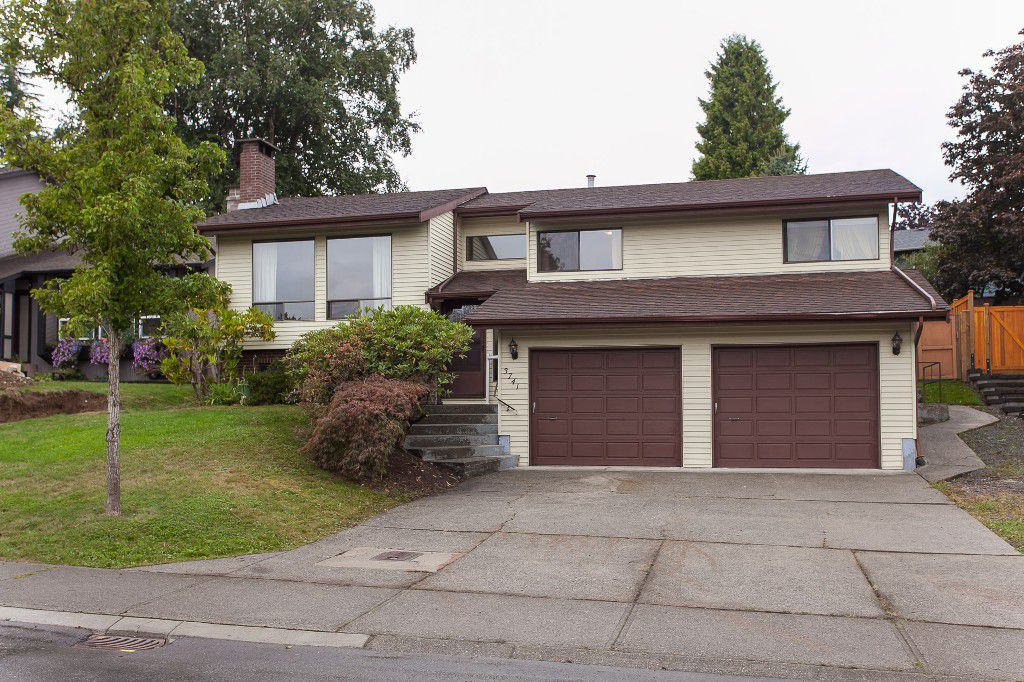 Main Photo: 3741 DUNDEE Place in Abbotsford: Central Abbotsford House for sale : MLS®# R2208880