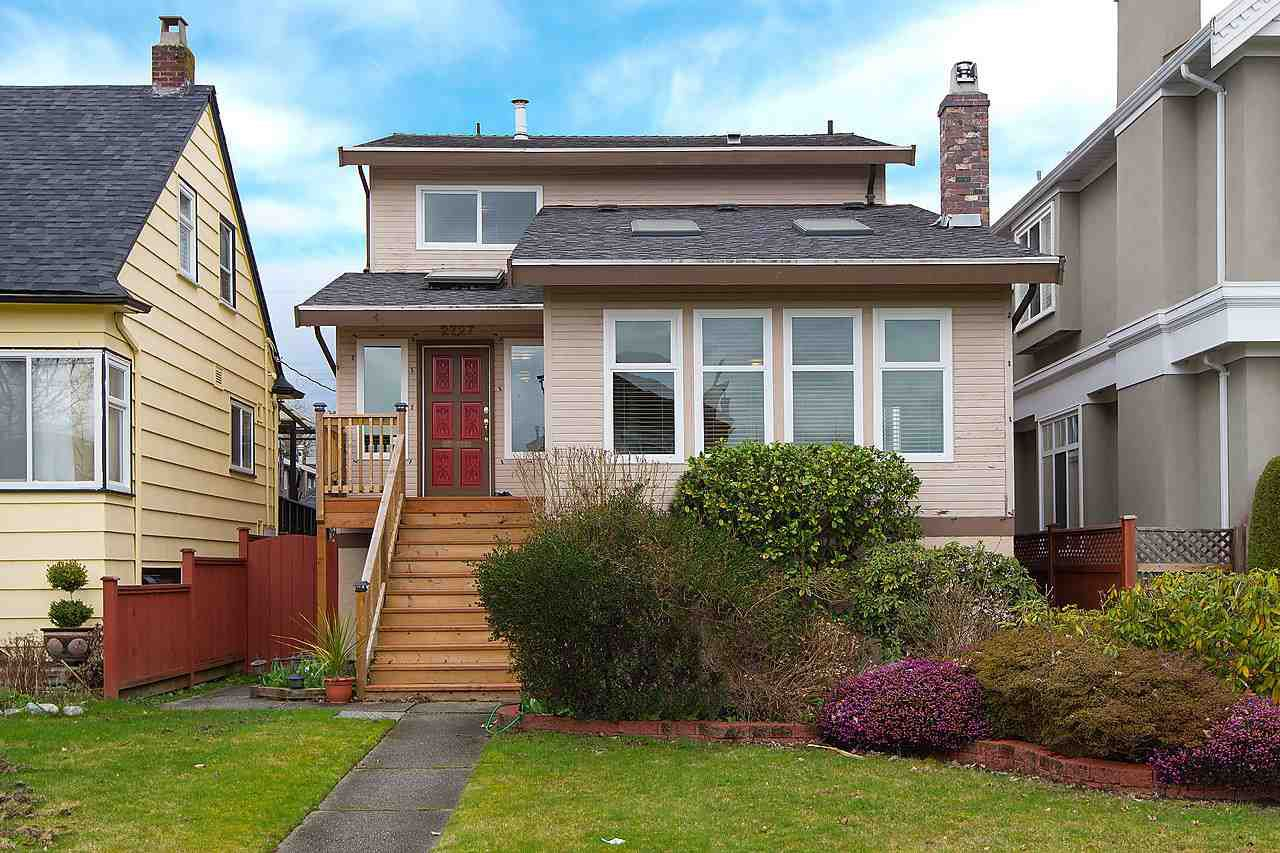 Main Photo: 2727 W 20TH AVENUE in : Arbutus House for sale : MLS®# R2041687