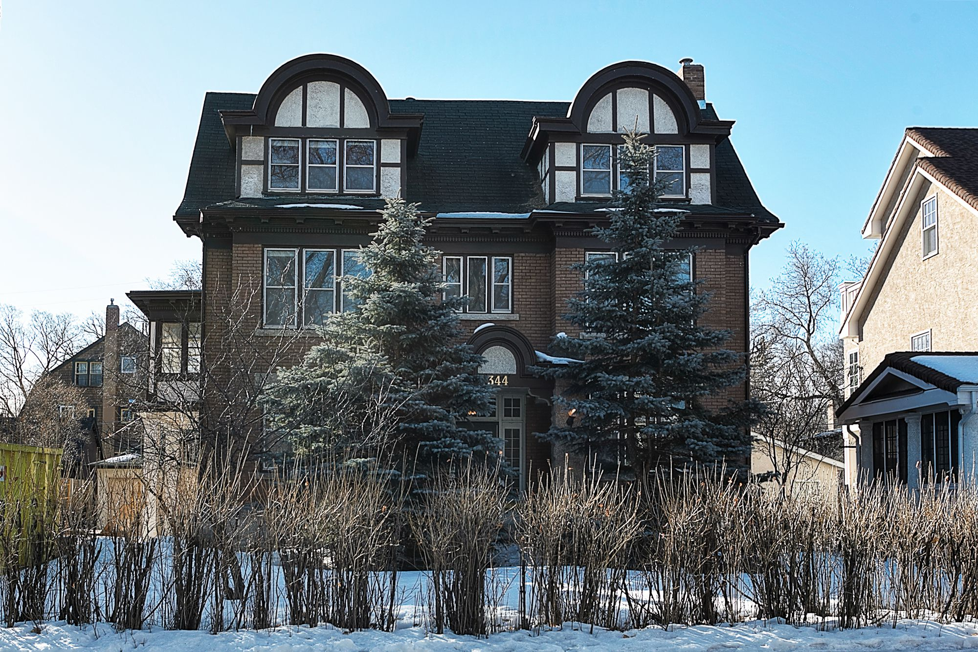 Main Photo: 344 Yale Avenue in Winnipeg: Crescentwood Single Family Detached for sale (1C)  : MLS®# 1807299
