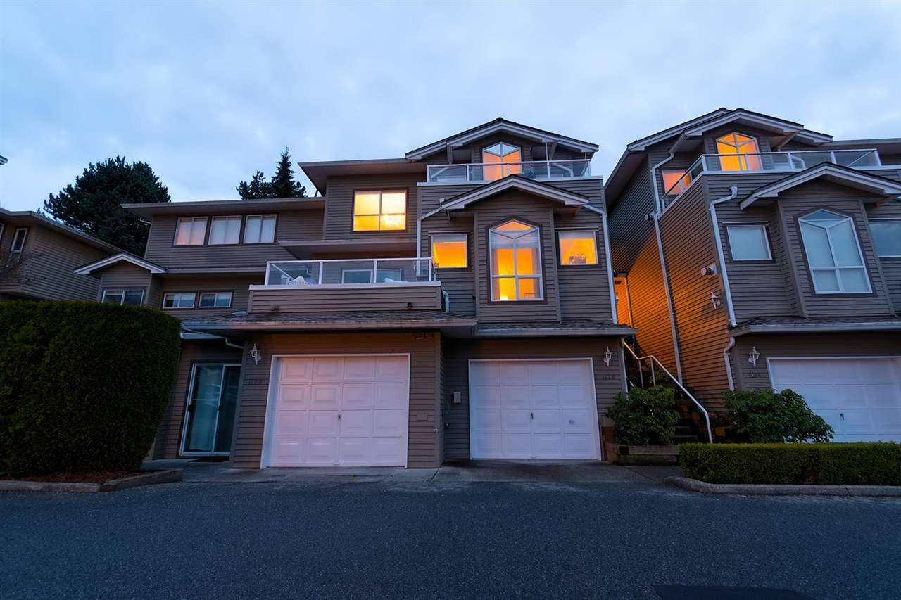 "Main Photo: 1126 O'FLAHERTY Gate in Port Coquitlam: Citadel PQ Townhouse for sale in ""THE SUMMIT"" : MLS®# R2324413"