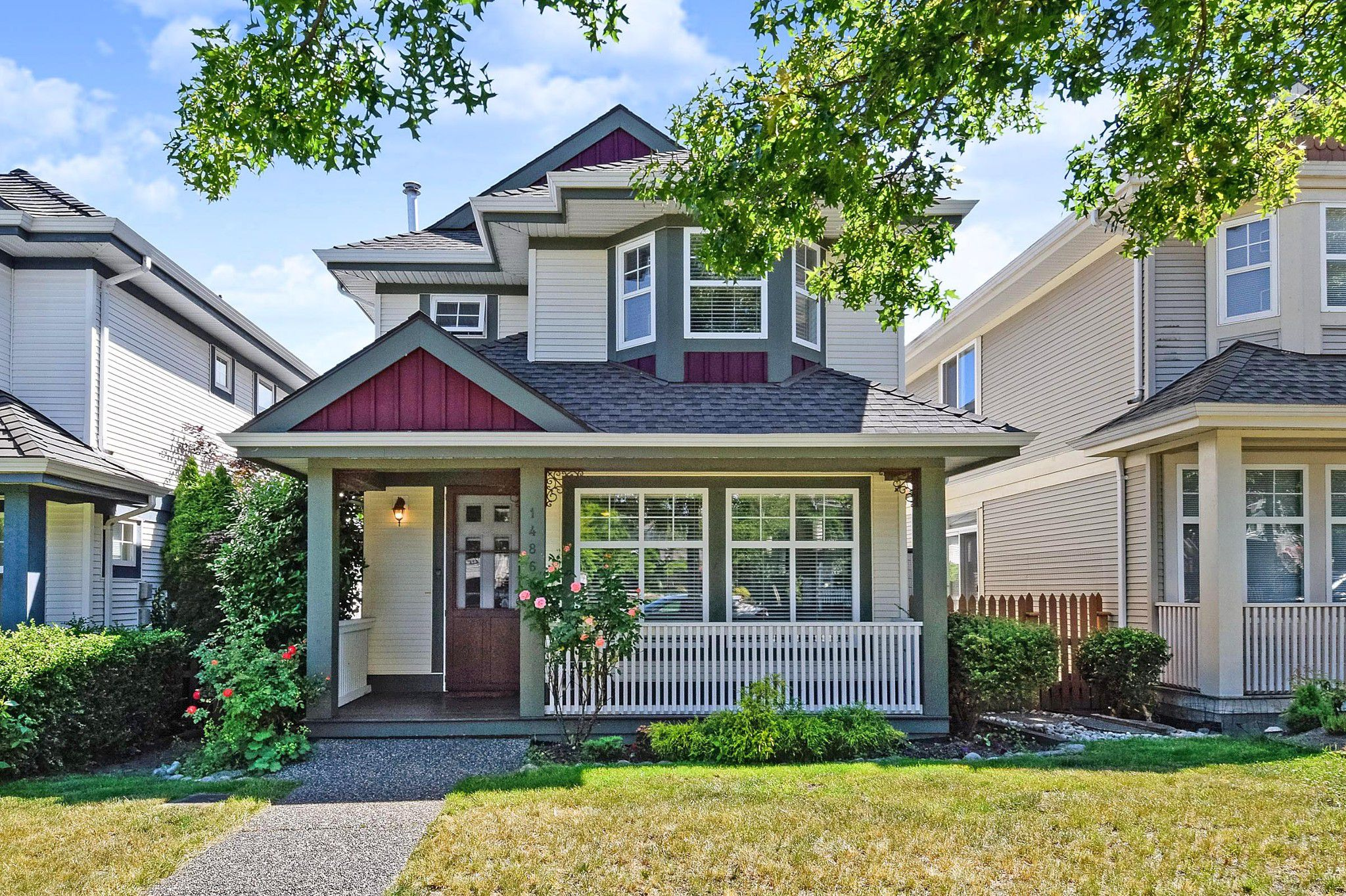 """Main Photo: 14866 58 Avenue in Surrey: Sullivan Station House for sale in """"Panorama Village"""" : MLS®# R2377966"""
