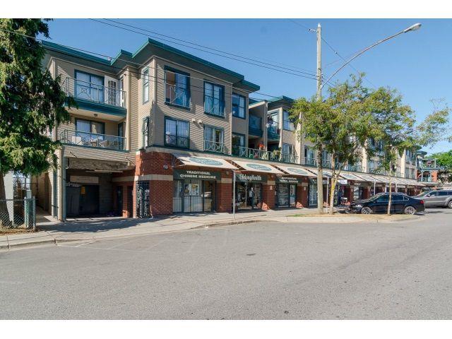 Main Photo: 319 15210 PACIFIC Avenue: White Rock Condo for sale (South Surrey White Rock)  : MLS®# R2019809