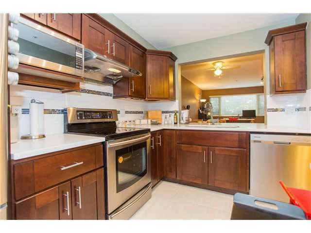Main Photo: 111 7326 ANTRIM AVENUE in : Metrotown Condo for sale : MLS®# V984878