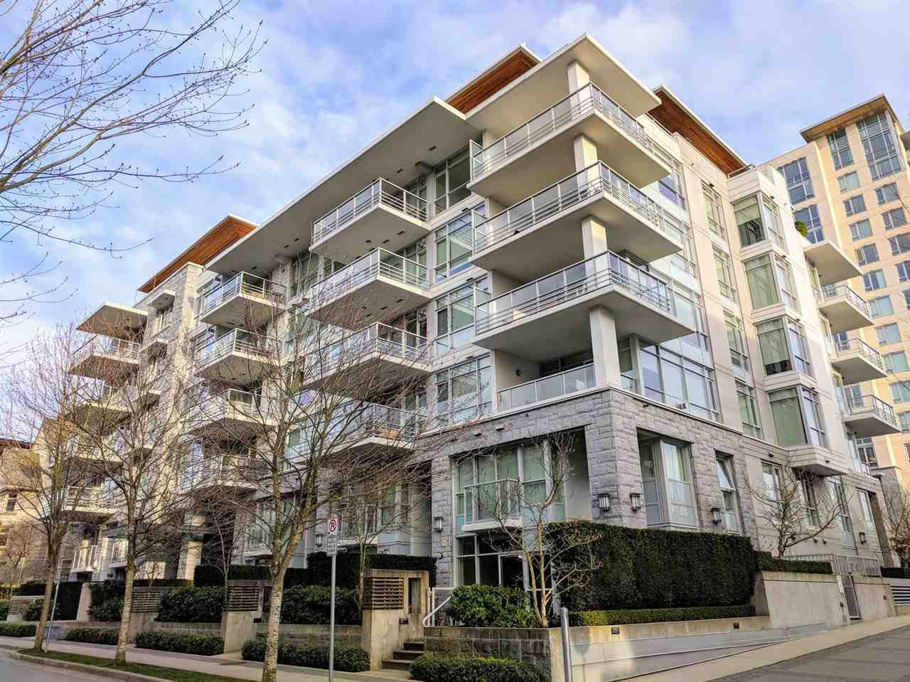 """Main Photo: 305 6080 IONA Drive in Vancouver: University VW Condo for sale in """"Stirling House"""" (Vancouver West)  : MLS®# R2246869"""