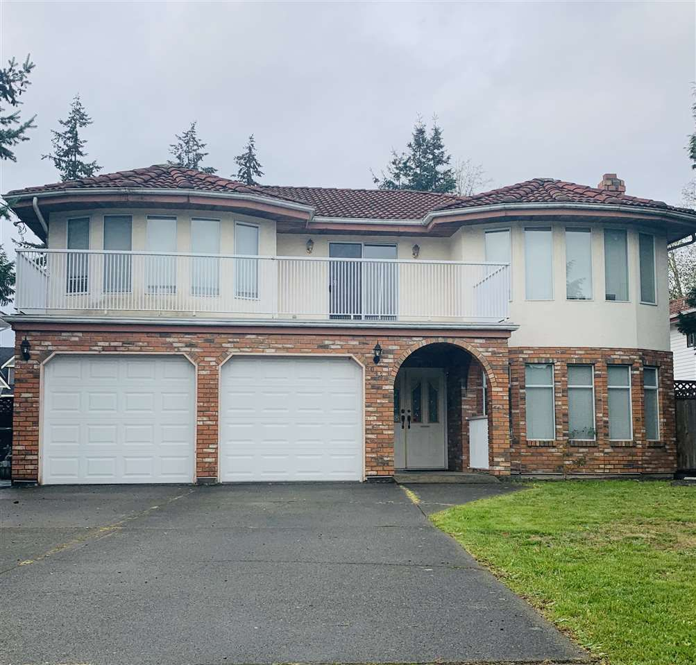 Main Photo: 6043 132 Street in Surrey: Panorama Ridge House for sale : MLS®# R2324507