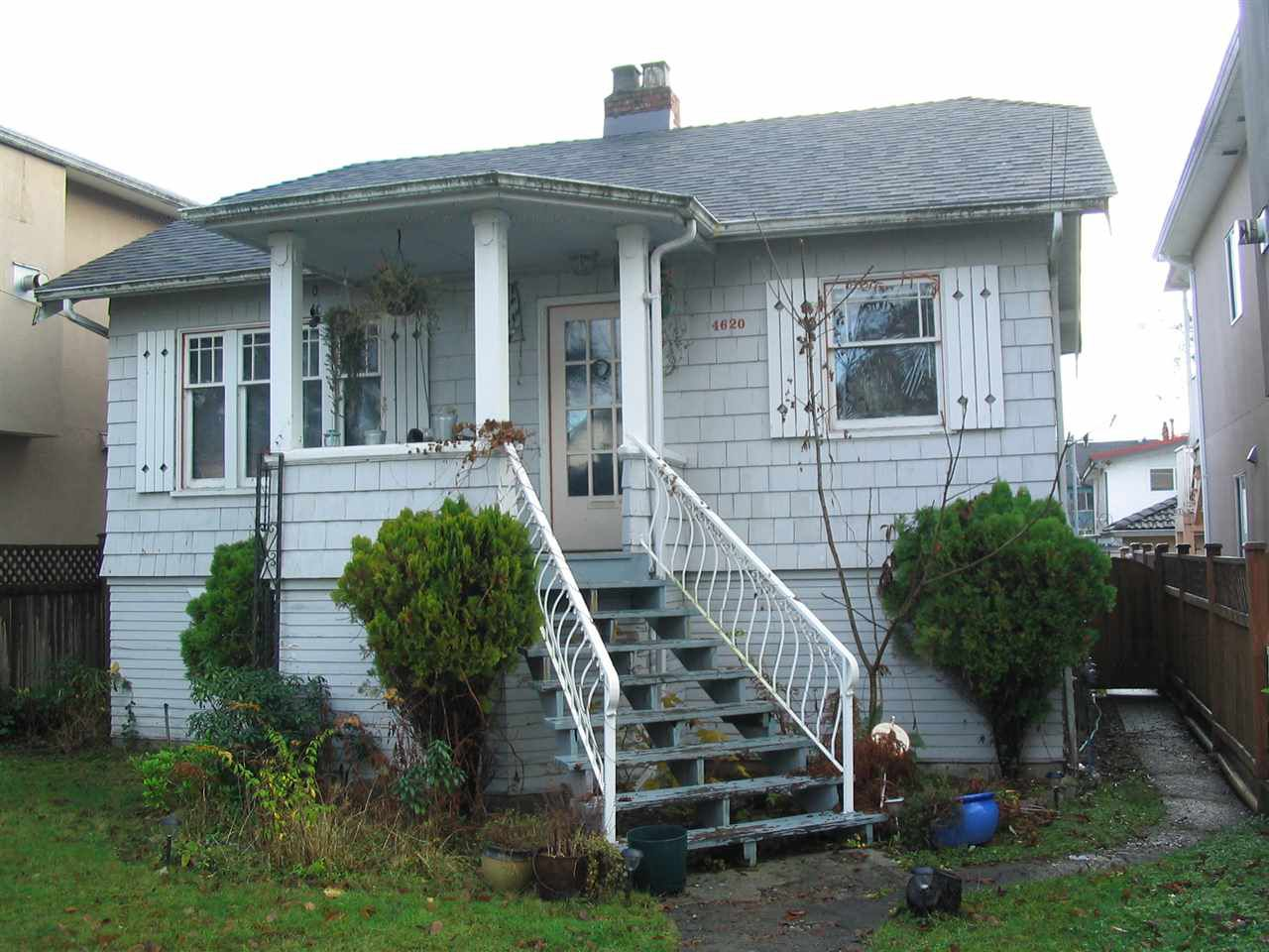 Main Photo: 4620 GOTHARD Street in Vancouver: Collingwood VE House for sale (Vancouver East)  : MLS®# R2326907