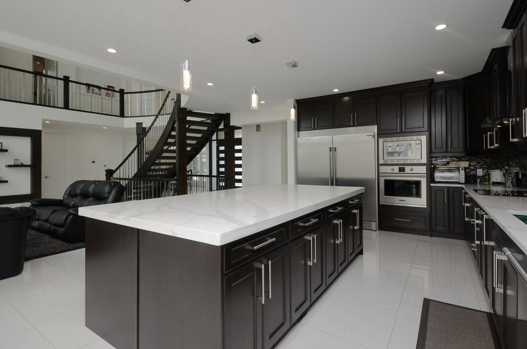 Photo 8: Photos: 919 WOOD Place in Edmonton: Zone 56 House for sale : MLS®# E4140831