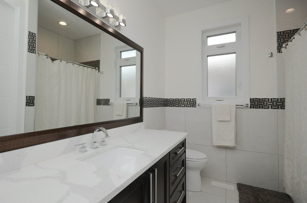 Photo 18: Photos: 919 WOOD Place in Edmonton: Zone 56 House for sale : MLS®# E4140831