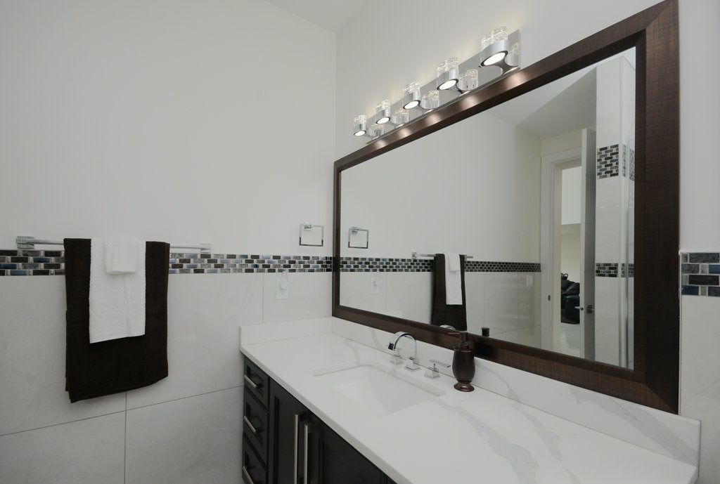 Photo 11: Photos: 919 WOOD Place in Edmonton: Zone 56 House for sale : MLS®# E4140831