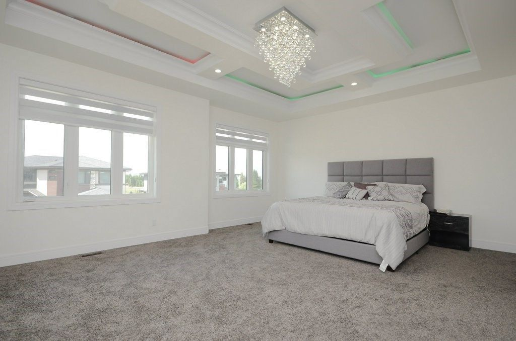 Photo 13: Photos: 919 WOOD Place in Edmonton: Zone 56 House for sale : MLS®# E4140831