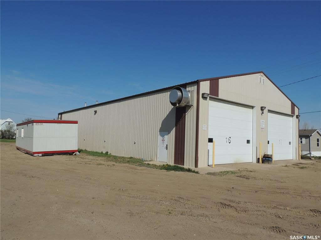 Main Photo: Block 3 Railway Avenue in Frobisher: Commercial for sale : MLS®# SK760572