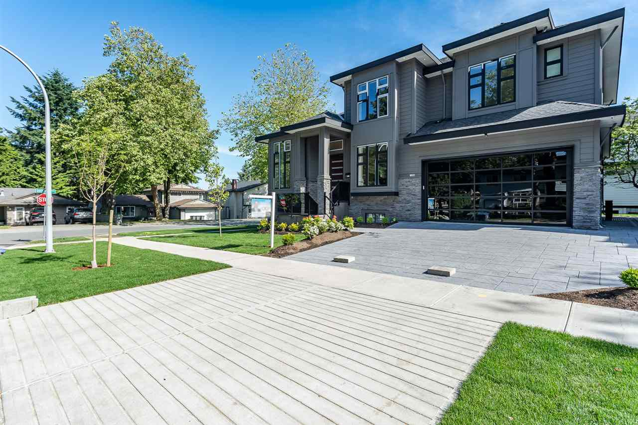 Main Photo: 12988 CARLUKE Crescent in Surrey: Queen Mary Park Surrey House for sale : MLS®# R2378522