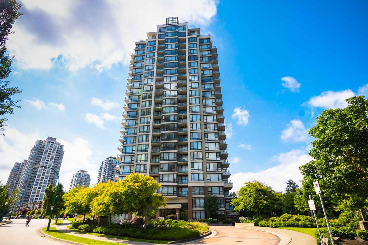 """Main Photo: 1206 7325 ARCOLA Street in Burnaby: Highgate Condo for sale in """"ESPRIT II BY BOSA"""" (Burnaby South)  : MLS®# R2386477"""