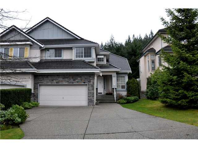 """Main Photo: 2041 PARKWAY Boulevard in Coquitlam: Westwood Plateau House 1/2 Duplex for sale in """"WESTWOOD PLATEAU"""" : MLS®# V879774"""