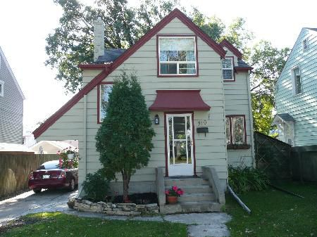 Main Photo: 910 Fleet Avenue: Residential for sale (Crescentwood)  : MLS®# 2818574