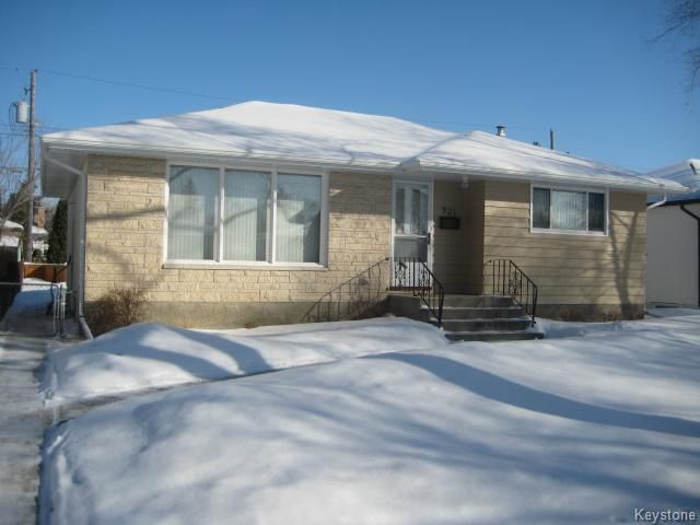 Main Photo: 921 Prince Rupert Avenue in WINNIPEG: East Kildonan Residential for sale (North East Winnipeg)  : MLS®# 1502740