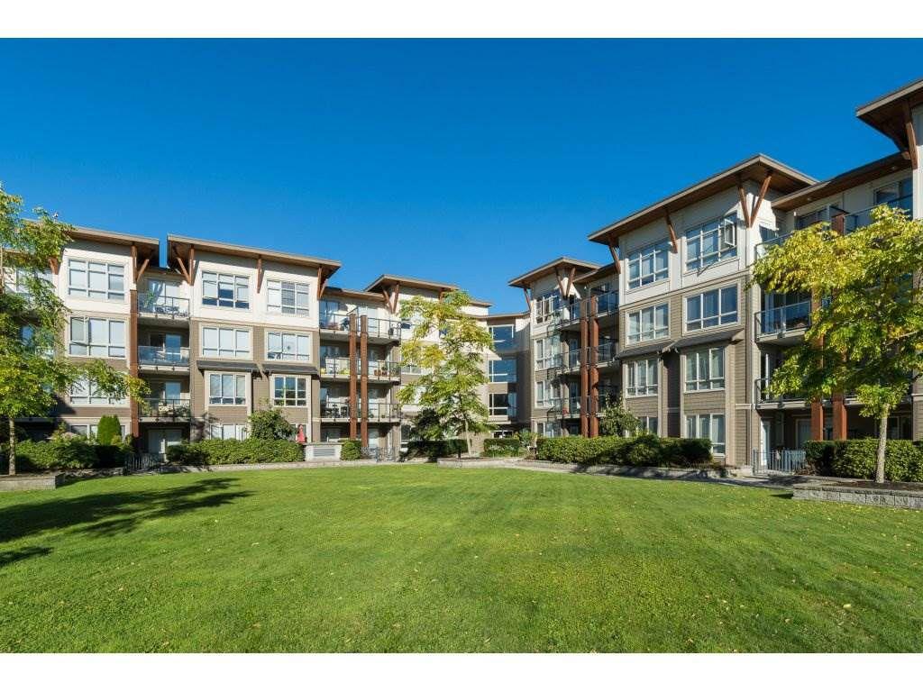 """Main Photo: 121 15918 26 Avenue in Surrey: Grandview Surrey Condo for sale in """"THE MORGAN"""" (South Surrey White Rock)  : MLS®# R2107671"""