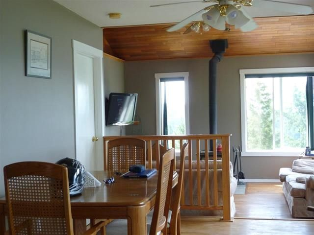 """Photo 3: Photos: 4844 HOTEL LAKE Road in Pender Harbour: Pender Harbour Egmont House for sale in """"GARDEN BAY"""" (Sunshine Coast)  : MLS®# R2154492"""