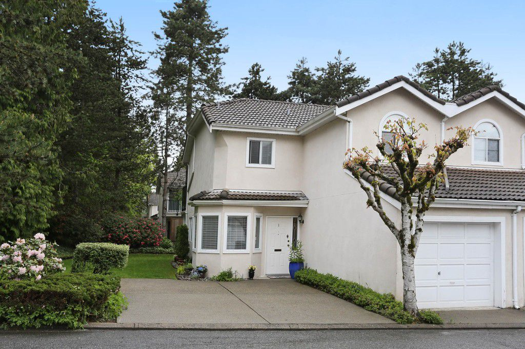 "Main Photo: 1 10050 154 Street in Surrey: Guildford Townhouse for sale in ""Woodland Grove"" (North Surrey)  : MLS®# R2169167"