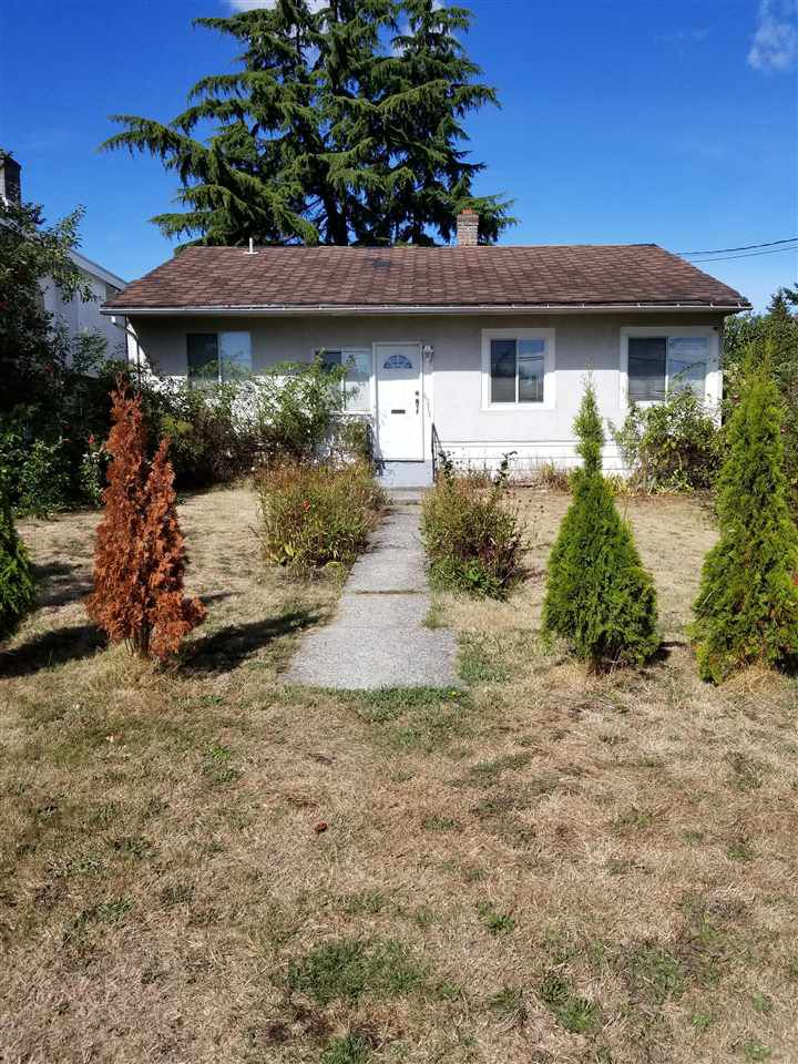 "Main Photo: 6211 NEVILLE Street in Burnaby: South Slope House for sale in ""SOUTH SLOPE"" (Burnaby South)  : MLS®# R2208474"