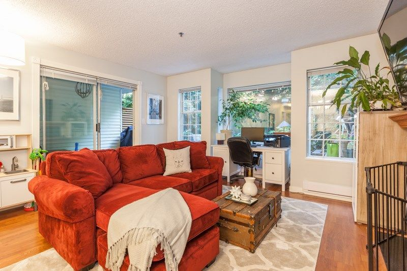 """Main Photo: 101 735 W 15TH Avenue in Vancouver: Fairview VW Condo for sale in """"WINDGATE WILLOW"""" (Vancouver West)  : MLS®# R2212501"""