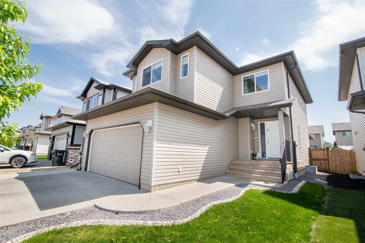 Main Photo: 644 Foxtail Lane: Sherwood Park House for sale : MLS®# E4133329